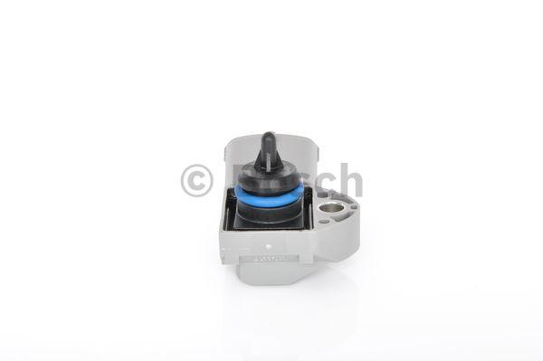 WickedKarz Cartoon Car Ford Focus MK2 ST3 White with Black Alloys Key Ring